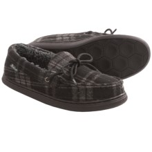 Woolrich Taylorville Slippers - Fleece (For Men) in Charcoal Plaid - Closeouts