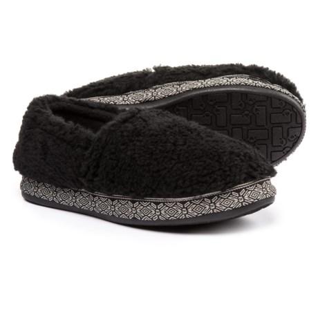 Woolrich Whitecap Moccasin Fleece Slippers (For Women) in Black