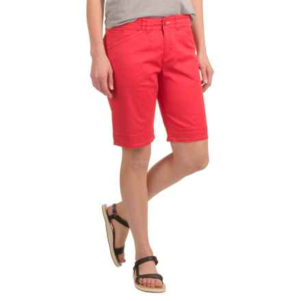 Woolrich Wood Dove Chino Shorts - Stretch Cotton Twill (For Women) in Carmine - Closeouts