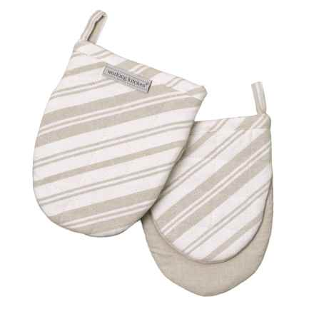 Working Kitchen Diagonal Stripe Mini Oven Mitts   2 Pack, 5.5x7u201d In
