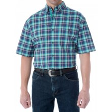 Wrangler Advanced Comfort Plaid Shirt - Button Front, Short Sleeve (For Men) in Navy/Green - Closeouts