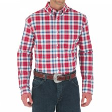 Wrangler Advanced Comfort Shirt - Button Front, Long Sleeve (For Men) in Red/Blue Plaid - Closeouts
