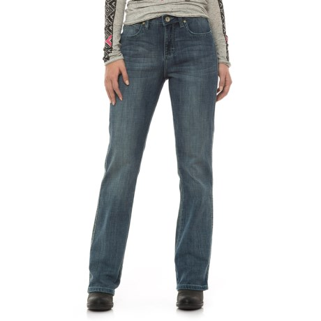 Wrangler Aura Instantly Slimming Jeans - Straight Leg (For Women) in Vr Wash