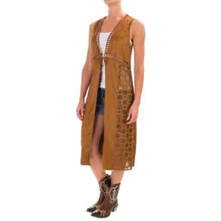 Wrangler Laser-Cut Duster Vest - Faux Suede (For Women) in Nutmeg - Closeouts