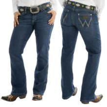 Wrangler Mae Premium Patch Jean - Low Rise (For Women) in Fw Wash - 2nds