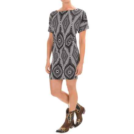 Wrangler Rock 47 Printed Wedge Dress - Short Sleeve (For Women) in Black/White - Closeouts