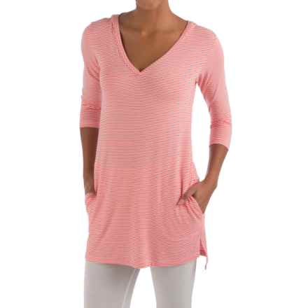 Yala Dani Hoodie Shirt - V-Neck, Long Sleeve (For Women) in Coralmicro - Closeouts