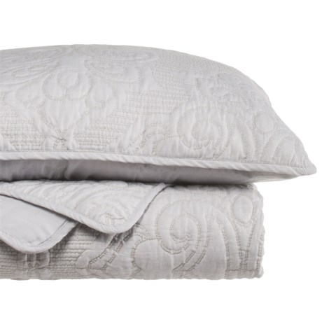 Yelena Embroidered Quilt Set - King in Pewter