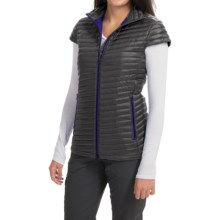 Yeti Ravenna Micro Chamber Down Vest - 700 Fill Power (For Women) in Black/Spectrum Blue - Closeouts