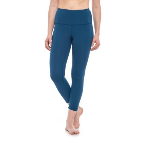 Yogalicious High-Waist Capris (For Women) in Winter Blue