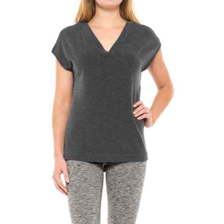 Yogalicious Side-Slit Shirt - Short Sleeve (For Women) in Heather Charcoal - Closeouts