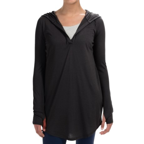 Yummie Tummie Hooded V Neck Cover Up Long Sleeve (For Women)