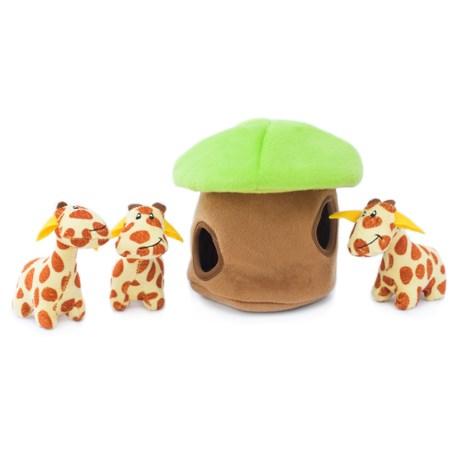 ZippyPaws Burrow Giraffe Lodge Dog Toy in Yellow/Brown/Green